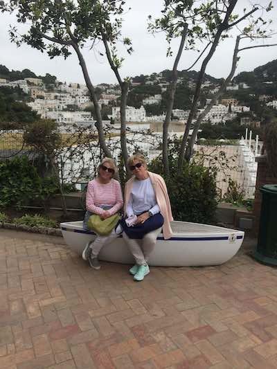 just-ladies-traveling-travlers6